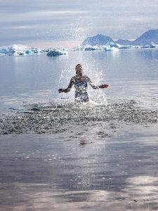 1400 – Swimming in Greenland