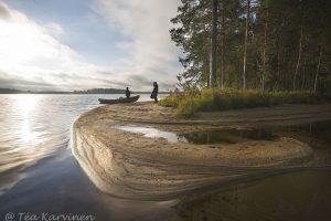 3109 – On the shores of Suomunjärvi lake  – Kuikkaniemen kalamajan rannassa Suomunjärvellä