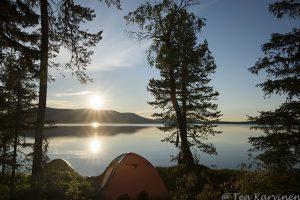 4870 – Pallasjärvi lake at night in July