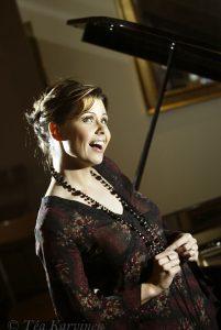 278 – Laulaja Sani v. 2004.
