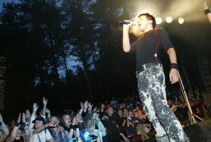 4398– Antti Tuisku festareilla vuonna 2005