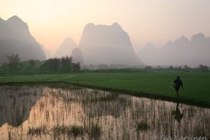 1827 – Early morning in China