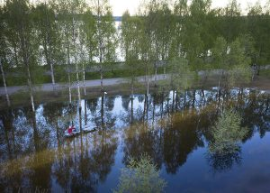 photo of the week 23 – Kirkkolampi pond in downtown of Rovaniemi is flooding and the park is covered with water