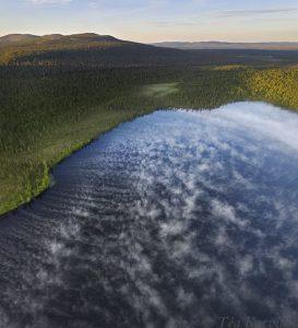 827-829 – Early morning at 3 am at Lake Huttujärvi in Pyhä-Luosto National Park
