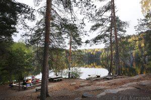 3560 – Vuori-Kalaja -järven nuotiopaikka. Lake Vuori-Kalaja