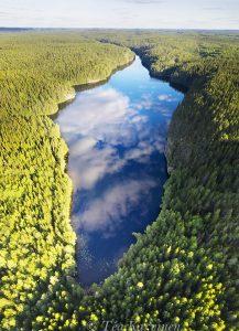 696-698 - Lake Helvetinjärvi