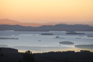 3114 – A view from Riisitunturi National Park over Kitkajärvi lake (a double image)