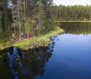 553-554 – At Koverolampi lake