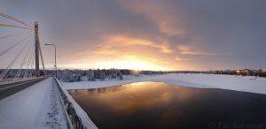 photo of the week 2 (Kemijoki river in downtown of Rovaniemi, Lapland)