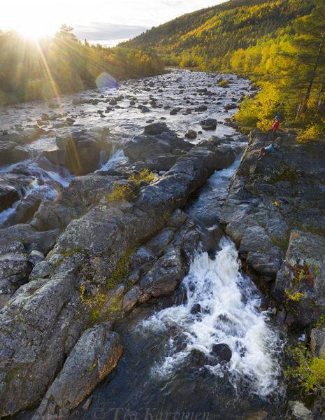 598-600 – Tsarssi waterfall in Kevo Strict Nature Reserve (Tsarssin putous Kevon luonnonpuistossa)