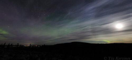 8608-8609 – Northern lights end of September around Sallatunturi fell
